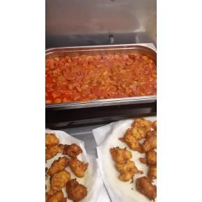 Rougail saucisses riz et salade, piment
